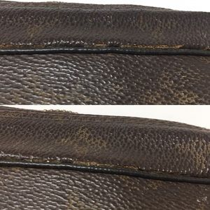 Louis Vuitton Bags - Preowned Authentic LV Monogram Cosmetic Case